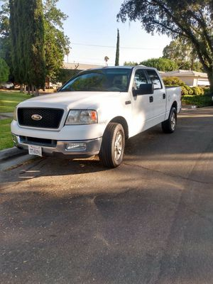Ford F150 XLT 4D super cab for Sale in Santa Ana, CA