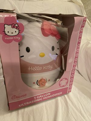 Humidifier 1 Gal. Cool Mist Hello Kitty Tabletop Design Automatic Shut Off NIB for Sale in Chandler, AZ