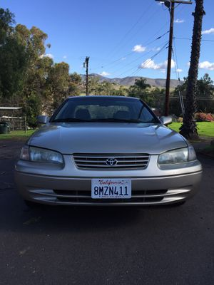 Toyota Camry 1998 V6 for Sale in Spring Valley, CA