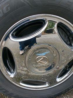 "1999 Lexus Ls400 Factory 16"" Chrome Rims Great Shape for Sale in Kent,  WA"