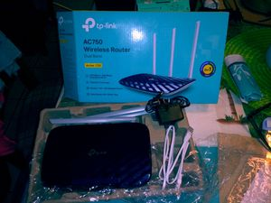P tp-link Wireless Router for Sale in Las Vegas, NV
