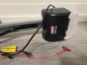 Brand new Genie garage door opener for Sale in Peoria, AZ