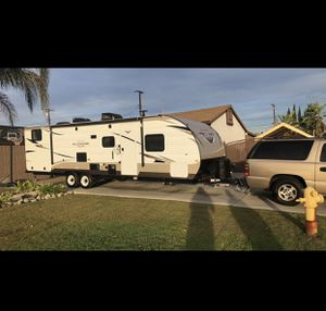 2019 Forest River Wildwood Xlite T282QBXl Travel Trailer for Sale in Montclair, CA