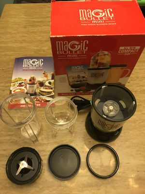 Magic Bullet Mini High Speed Blender Mixer Smoothies, Sauces, and More for Sale in Oak Glen, CA