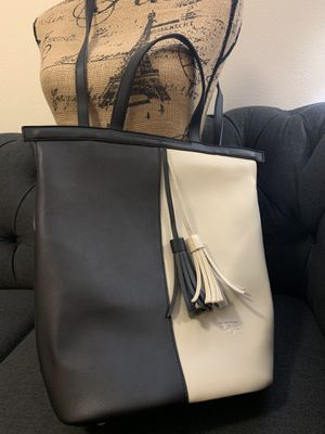 Anti-theft, vegan leather,dual use backpack/purse. for Sale in Seattle, WA
