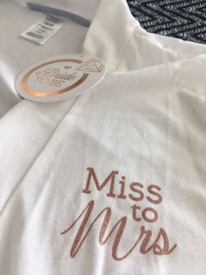 Brand New Women's Size Small Bridal Sleep Robe Wedding Bridal shower gift for Sale in Hesperia, CA