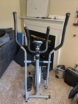 Sunny Health & Fitness SF-E905 Elliptical Machine Cross Trainer with Digital Monitor for Sale in Springfield, VA