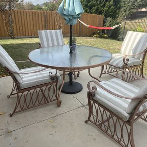 Patio Set for Sale in Grand Prairie, TX