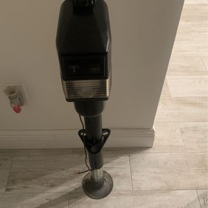 Electric Tongue Jack for Sale in Winter Garden, FL