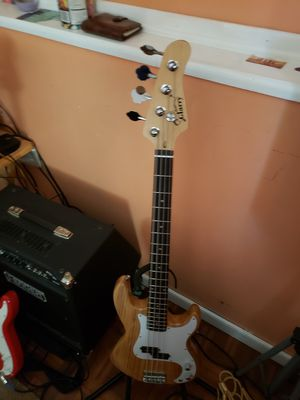 Glarry bass gutar for Sale in Richmond, VA