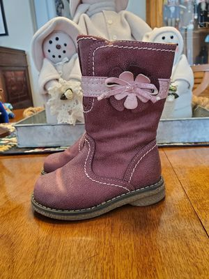 Girls size 6 boots for Sale in Puyallup, WA