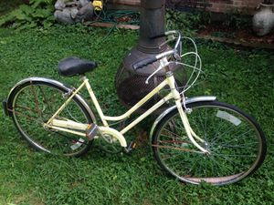 Vintage Schwinn Breeze bicycle cruiser bike for Sale in Columbus, OH