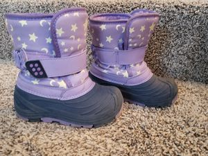 Size 7 Cat & Jack Girl Snow Boots for Sale in Tualatin, OR