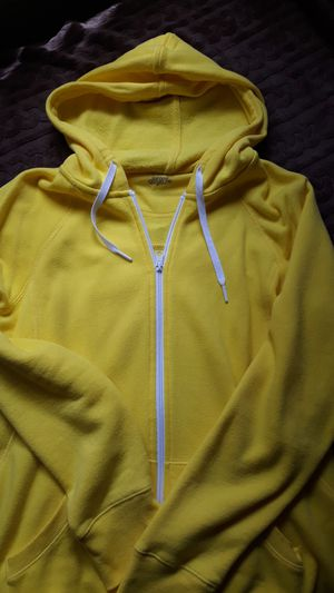 Yellow hoodie sweater size Xl for Sale in Fullerton, CA