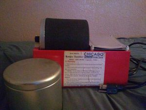 Chicago Electric Power Tools Rotary Rock Tumbler, 3 Lb for Sale in Rialto, CA