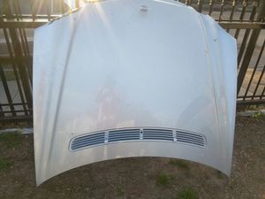 03 e320 Mercedes parts hood and fender for Sale in Dallas, TX