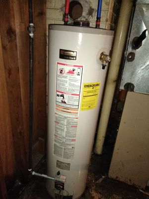 Kenmore 40 gallon water heater for Sale in Detroit, MI