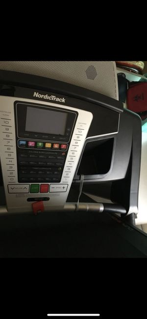 Barely Used NordicTrack TreadMill for Sale in Hoffman Estates, IL