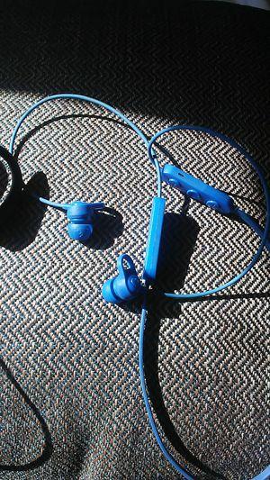 Jbl endurance peak true wireless in ear headphones for Sale in Philadelphia, PA