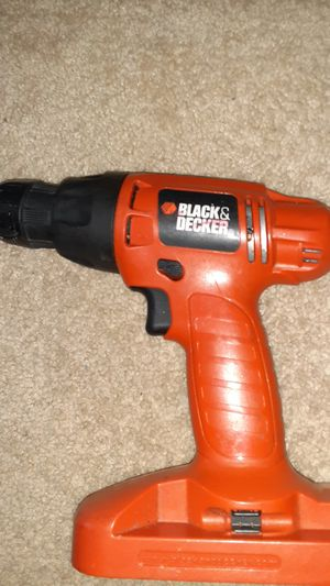 Black & Decker power drill cordless for Sale in Temple Hills, MD