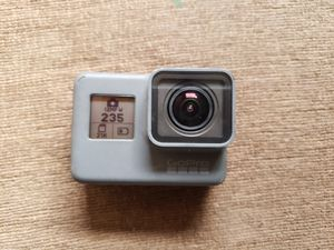 Gopro 5 with SD and alot of Accessories for Sale in Phoenix, AZ
