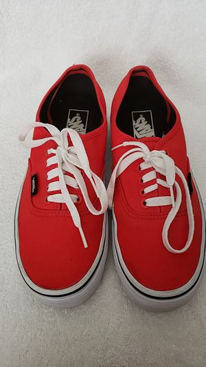 Brand new Vans off the well shoes size is men 7.5 women 9 for Sale in Arvada, CO