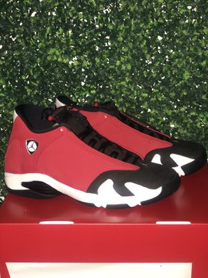 AIR JORDAN 14 GYM RED TORO DS SZ 9.5 for Sale in Cleveland, OH