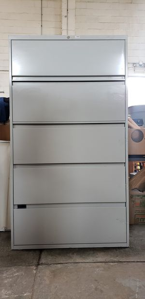 5 DRAWER LATERAL SIZE FILE CABINET by STEELCASE OFFICE FURNITURE for Sale in Park Ridge, IL
