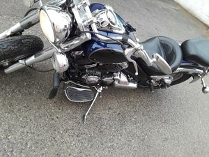 2006 Yamaha motorcycle for Sale in Compton, CA