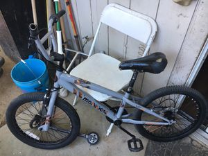 20 in mongoose 5 speed for Sale in Fresno, CA