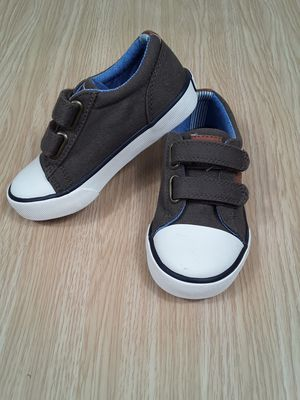 NEW Hilfiger Toddler Boys Canvas Shoes Size 8 for Sale in Las Vegas, NV