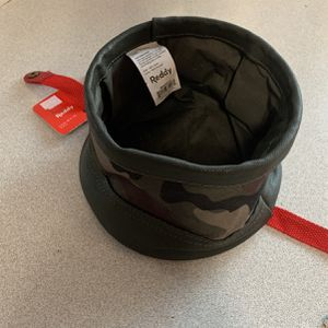 Brand New Reddy Collapsible dog bowl 6 Cups Or 48oz for Sale in San Diego, CA