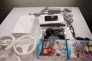 Nintendo Wii U Bundle for Sale in Whittier, CA