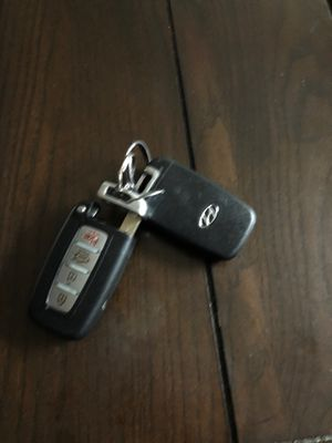 2014 Hyundai AZERA REMOTES for Sale in Glendale, AZ