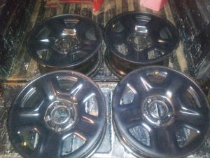17 inch Jeep Wheels W/Sensors for Sale in Dallas, TX