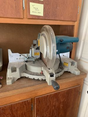 "Makita 305 mm (12"") Miter Saw Ls1220 for Sale in West McLean, VA"