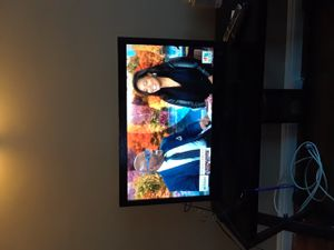 32 inch flatscreen t.v. for Sale in Los Angeles, CA