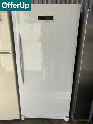 Frigidaire White Freezer Upright #1260 for Sale in Orlando, FL