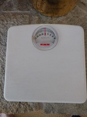 Compact home weigh scale for Sale in Traverse City, MI