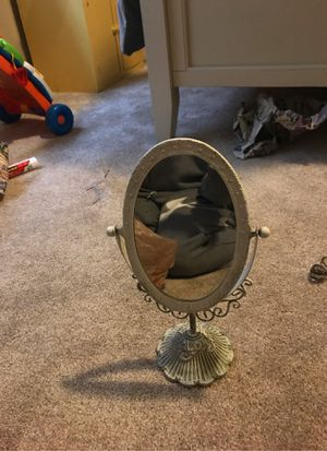 Antique mirror for Sale in Puyallup, WA