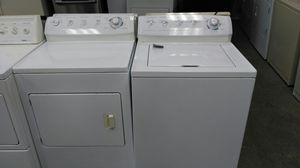 """Frigidaire gallery """"washer & dryer """" ( white) for Sale in Cleveland, OH"""