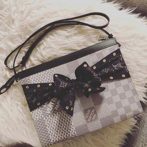 Brand New Louis Vuitton Voyage Mm Bandeau Strap Bundle for Sale in Huntington Beach, CA