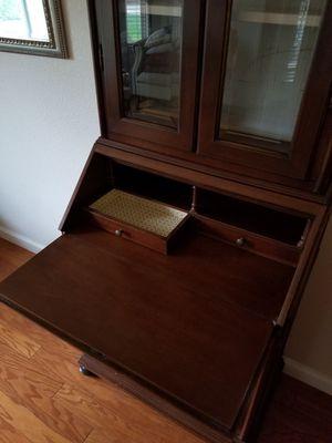 Antique Secretary Desk + Hutch - EXCELLENT Condition for Sale in Reedley, CA