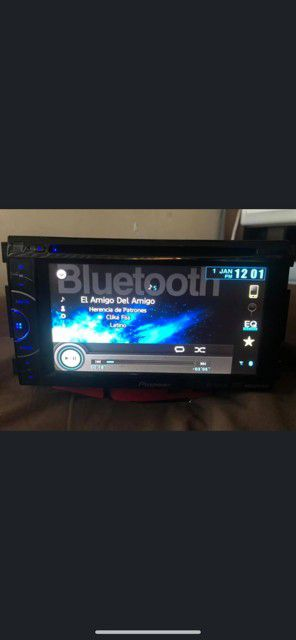 Pioneer double din BLUETOOTH for Sale in Vernon, CA