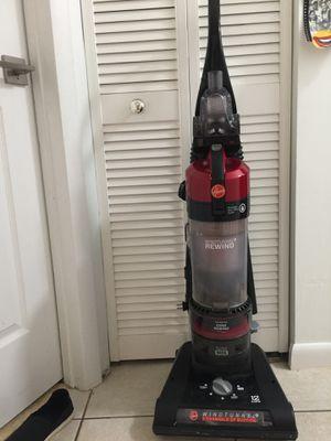 Vacuum $25 for Sale in Pembroke Pines, FL