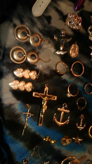 LOTS OF JEWELRY for Sale in Concord, CA