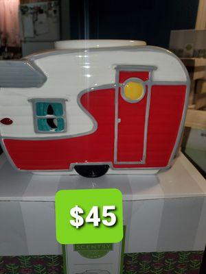 Scentsy Camper Warmer for Sale in Dallas, TX