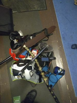 300$ Gloves Swords Gps Bluetooth Weights for Sale in Saginaw, MI