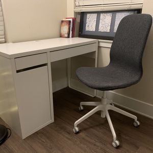 Study Table/Working Desk/Computer desk + Rotating Chair Set 89$ for Sale in San Diego, CA