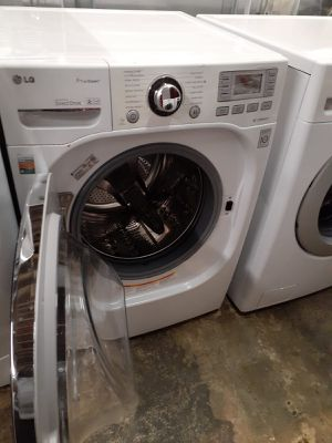 LG front load washer working perfectly with 4 months warranty for Sale in Baltimore, MD